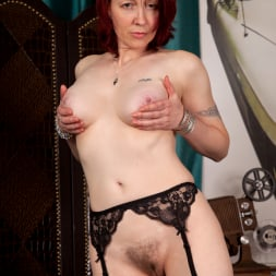 Scarlet Rose in 'Anilos' Beautiful Full Breast (Thumbnail 8)
