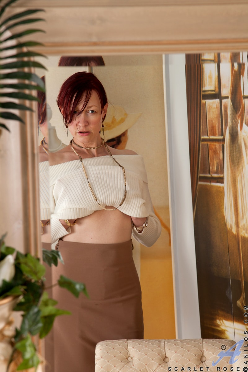 Anilos 'Happy To Please' starring Scarlet Rose (Photo 1)
