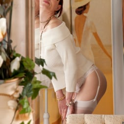 Scarlet Rose in 'Anilos' Happy To Please (Thumbnail 2)