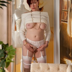 Scarlet Rose in 'Anilos' Happy To Please (Thumbnail 7)