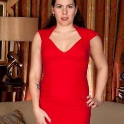 Sharlyn in 'Anilos' Lady In Red (Thumbnail 1)