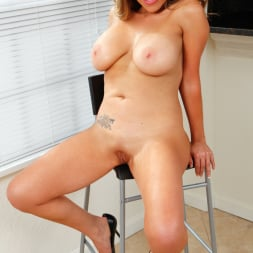 Sienna Lopez in 'Anilos' Sexually Experienced (Thumbnail 9)