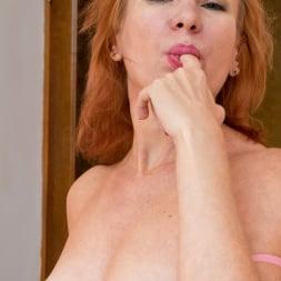 Silvia in 'Anilos' Mischievous Minx (Thumbnail 5)