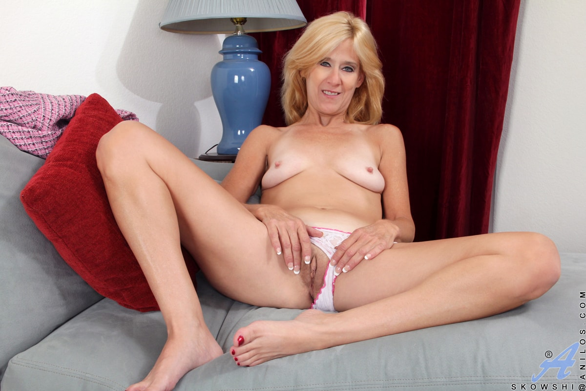 Anilos 'Addicted To Sex' starring Skowshi (Photo 10)