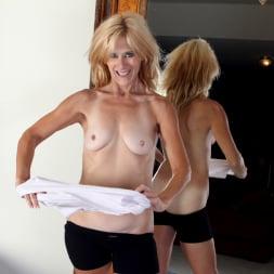 Skowshi in 'Anilos' Sexy Workout (Thumbnail 9)
