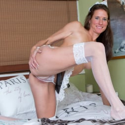 Sofie Marie in 'Anilos' Naturally Sexy (Thumbnail 9)
