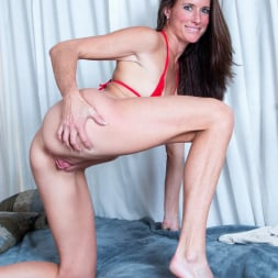 Sofie Marie in 'Anilos' Tight Body Milf (Thumbnail 12)