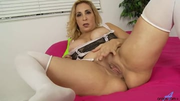 Sophia Jewel - Magic Wand Loving