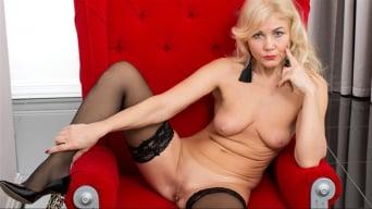 Sylvie in 'Sweet Sylvie'