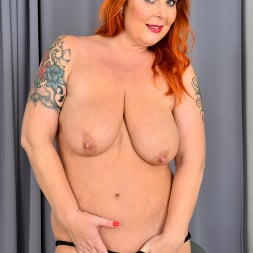Tammy Jean in 'Anilos' Teasing With Tammy (Thumbnail 9)
