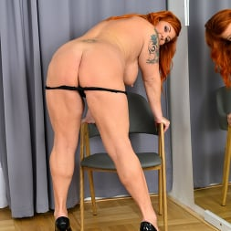 Tammy Jean in 'Anilos' Teasing With Tammy (Thumbnail 10)