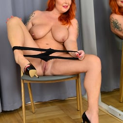 Tammy Jean in 'Anilos' Teasing With Tammy (Thumbnail 11)