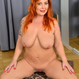 Tammy Jean in 'Anilos' Teasing With Tammy (Thumbnail 15)