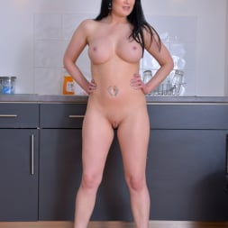 Tanya Cox in 'Anilos' Pussy On The Counter (Thumbnail 7)
