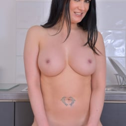 Tanya Cox in 'Anilos' Pussy On The Counter (Thumbnail 9)