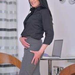 Tanya Cox in 'Anilos' The Hot Secretary (Thumbnail 1)