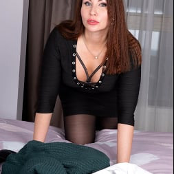 Tanya Foxxx in 'Anilos' Intimate Desire (Thumbnail 1)