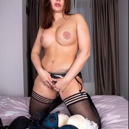 Tanya Foxxx in 'Anilos' Intimate Desire (Thumbnail 8)