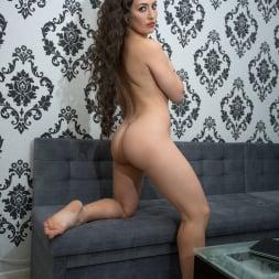 Tanya S in 'Anilos' Dark Haired Beauty (Thumbnail 12)