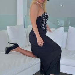 Taylor Morgan in 'Anilos' Classy Lady (Thumbnail 3)