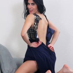 Theresa Soza in 'Anilos' Mature Beauty (Thumbnail 6)
