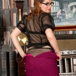 Tiffany Naylor in 'Anilos' Naughty Boss (Thumbnail 2)