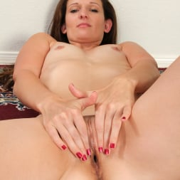Tiffany Owens in 'Anilos' Work Out Time (Thumbnail 9)
