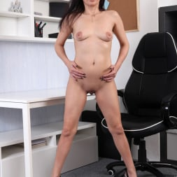 Tyna Black in 'Anilos' The Sexy Office Lady (Thumbnail 9)