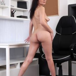 Tyna Black in 'Anilos' The Sexy Office Lady (Thumbnail 10)