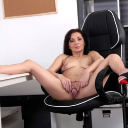 Tyna Black in 'Anilos' The Sexy Office Lady (Thumbnail 12)