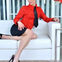 Uma Zex in 'Anilos' Sexy Blonde (Thumbnail 1)