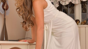 Vanessa Jordan in 'Vision In White'