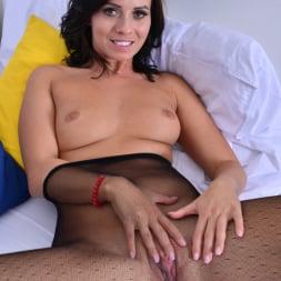 Vicky Love in 'Anilos' Hot Mama (Thumbnail 9)