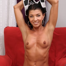 Victoria Blossom in 'Anilos' Perky Tits (Thumbnail 5)