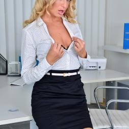 Victoria Pure in 'Anilos' Seductive Secretary (Thumbnail 2)