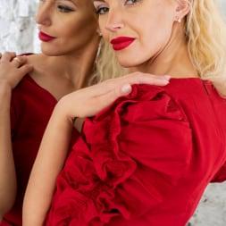 Zara in 'Anilos' Glamour Babe (Thumbnail 2)